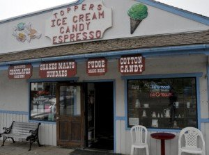 Topper's Ice Cream, Candy & Espresso Bar / Yachats