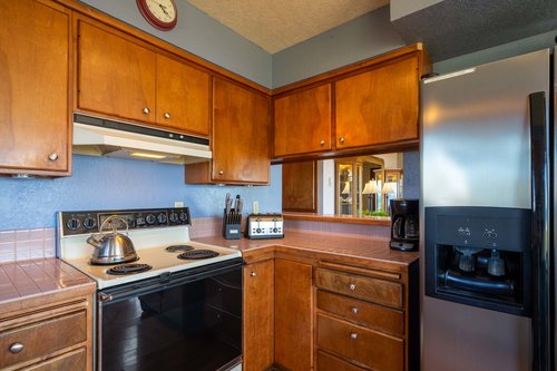 Cook up some wonderful memories in this well equipped kitchen.