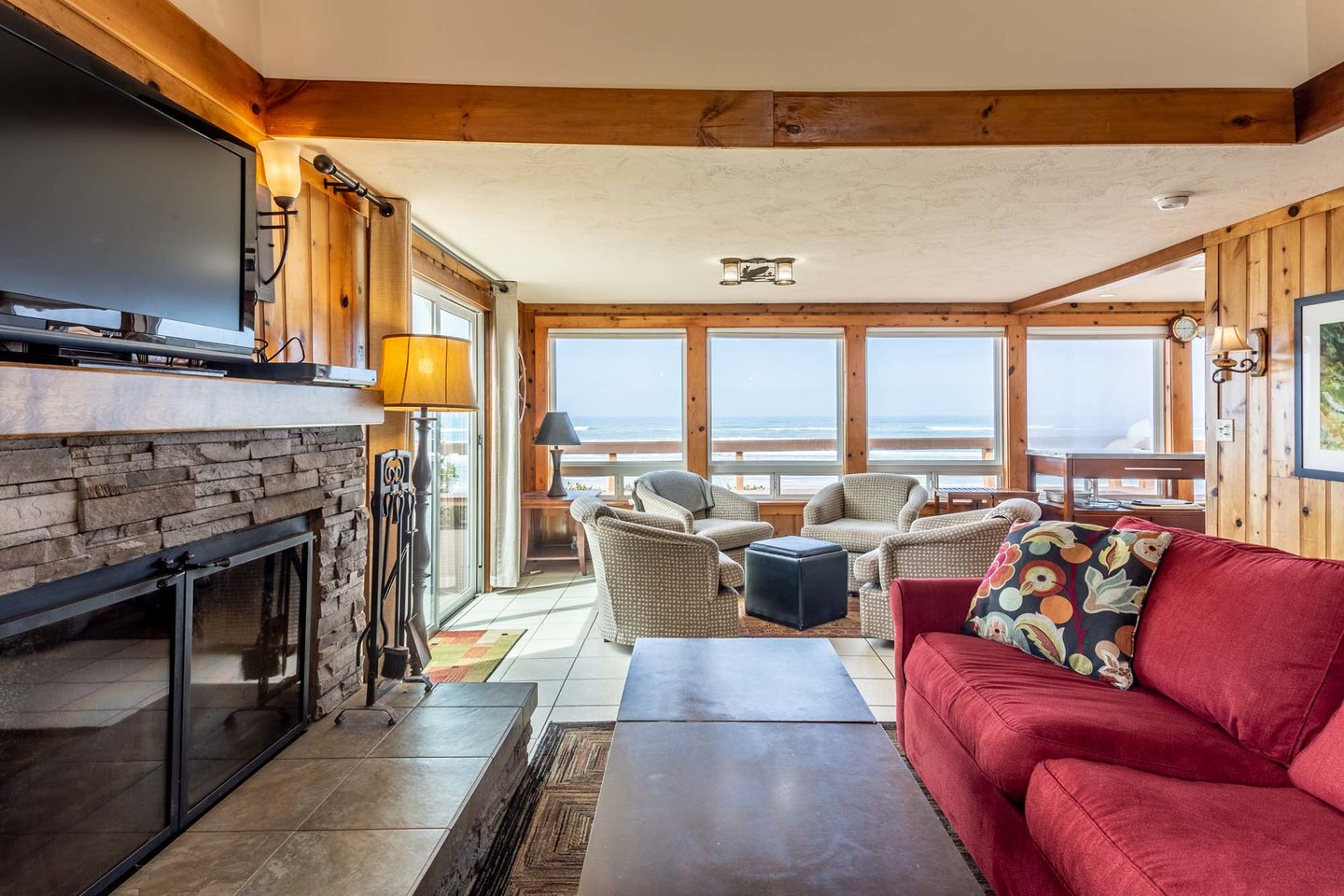 This home has an open concept that lets in plenty of light and big ocean views!
