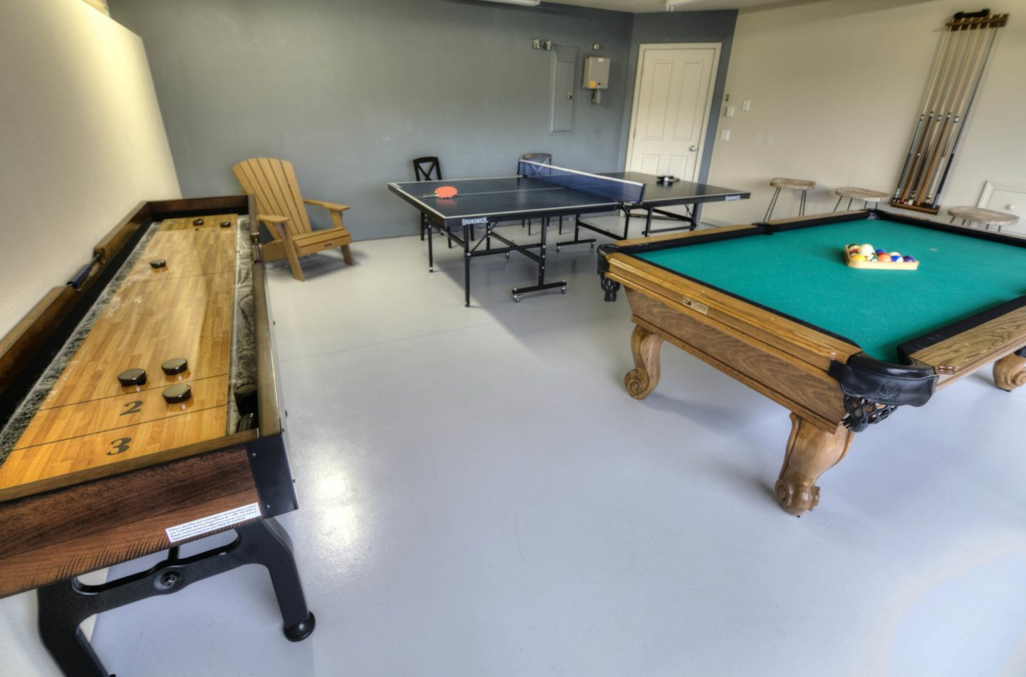 The game room features Pool, Ping-Pong, and Shuffle Board.
