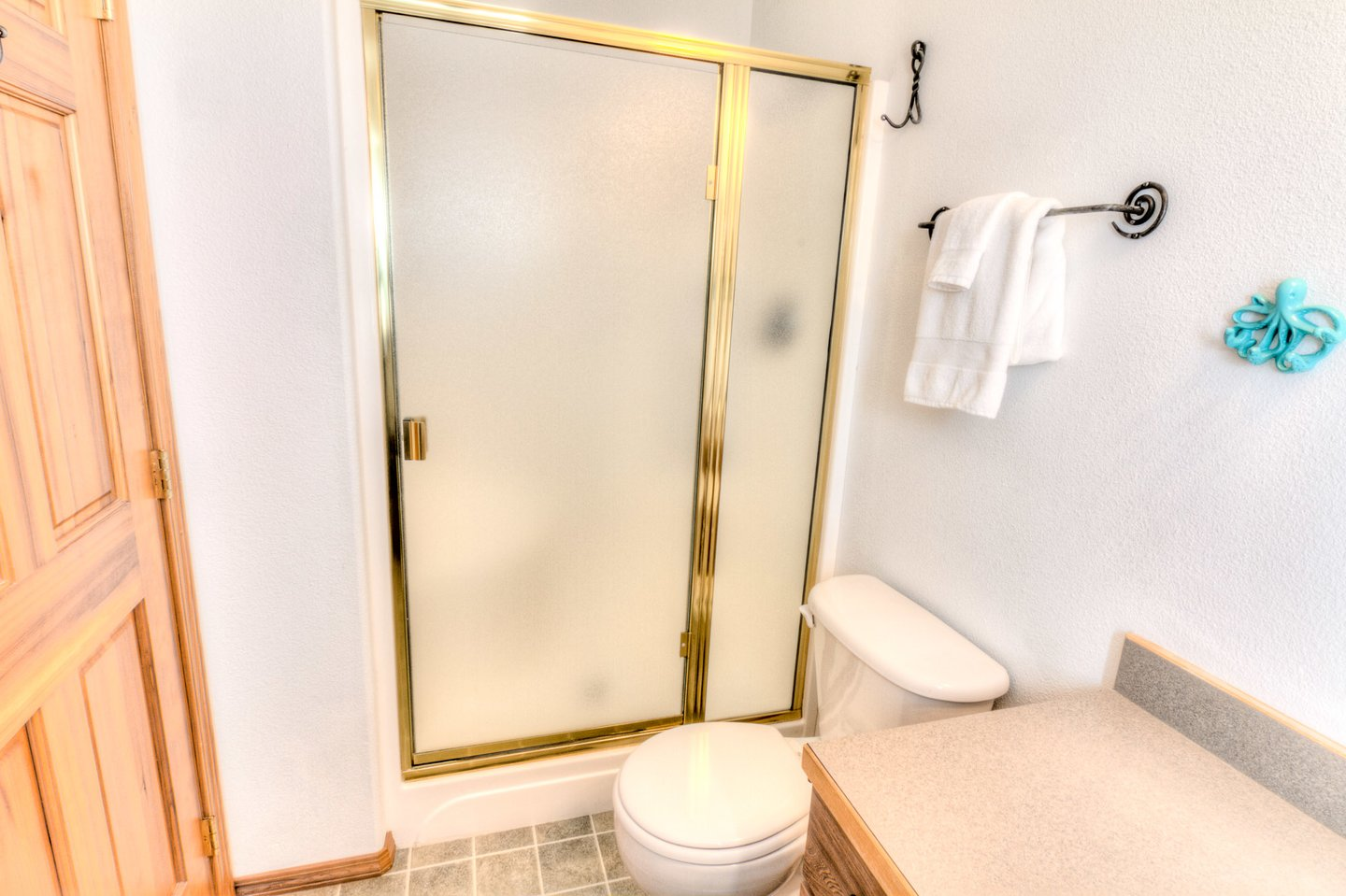 Master ensuite for additional privacy.