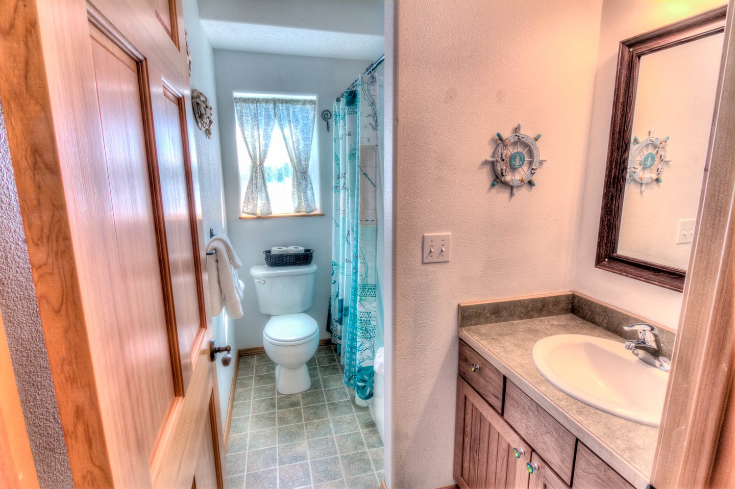 Shared bathroom in the hallway.