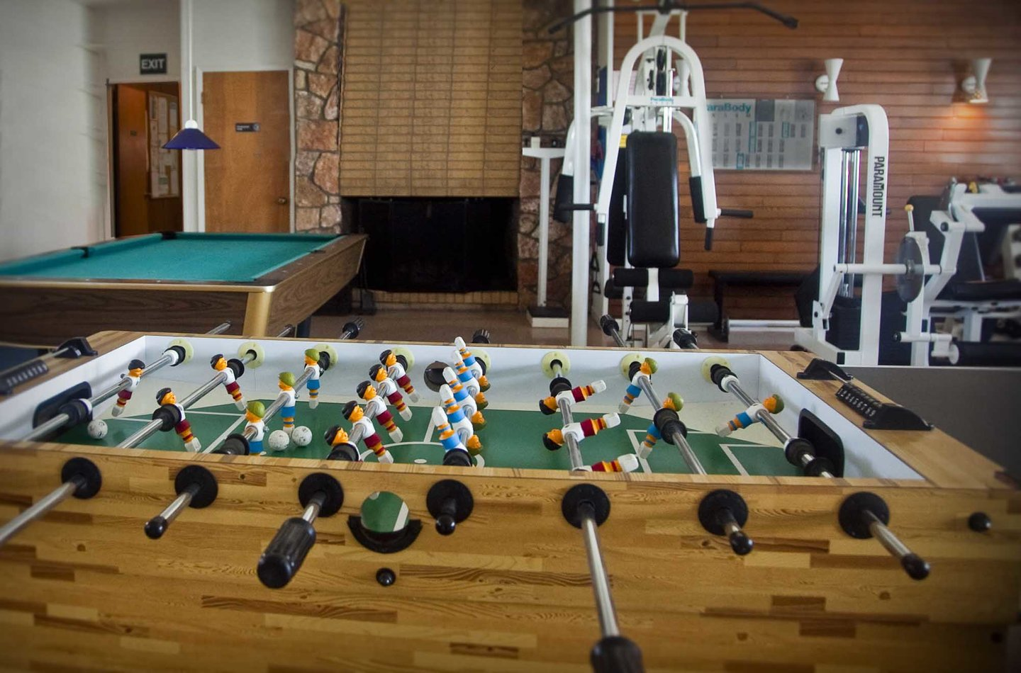 Bayshore Club game room and workout room. The Club requires a fee to use.