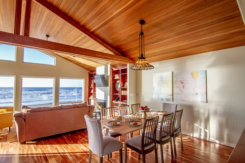 An open floorplan upstairs gives you an ocean view from every angle.