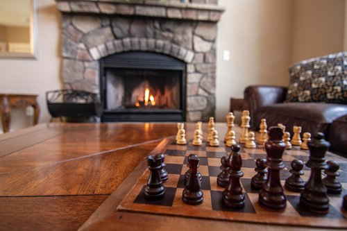 Get in a friendly game of chess in the cozy sitting room.