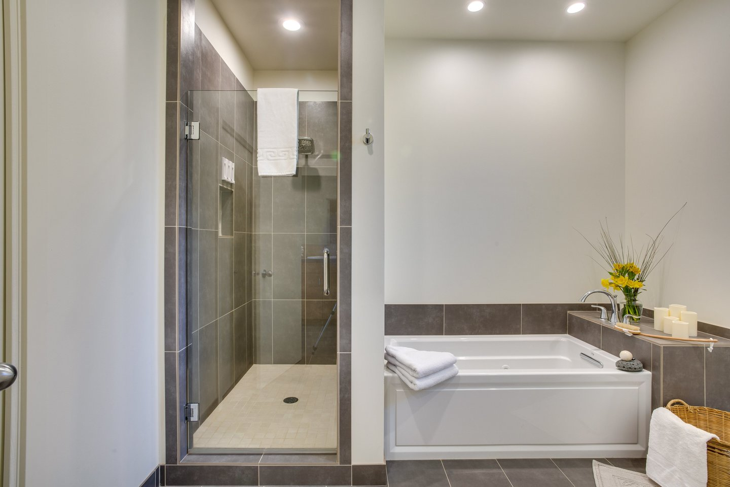 Relax in the luxury bath or shower.