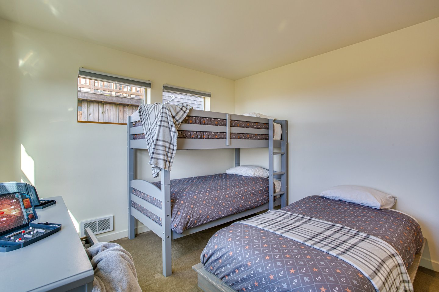 The bunkbed room is perfect for the kids!