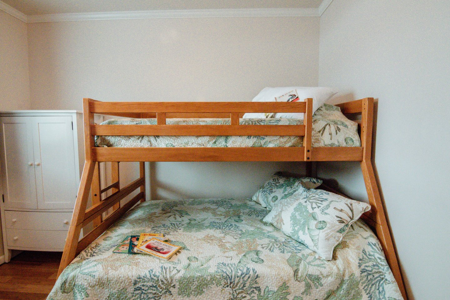 The full/twin bunk is perfect for your kids!