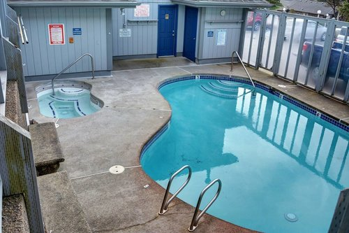 Community Pool and Hot tub is available in the summer.